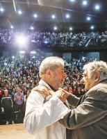 Lula e Mujica em debate
