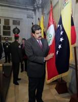 Opositores insistem na renúncia do presidente da Venezuela