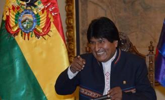 Bolivianos rejeitam fome pelo poder de Evo Morales