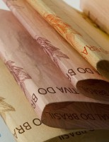 IBGE: PIB fecha 2015 com queda de 3,8%