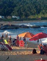 Praia do Estaleiro: a melhor da temporada