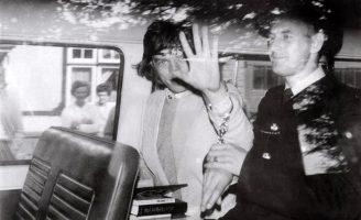 Redlands: 50 anos da prisão de Jagger e Richards