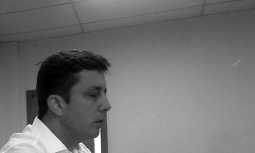 """<h2><a href=""""http://www.publixer.com.br/2018/02/22/ta-foda-fabricio/"""">Tá foda, Fabrício<a href='http://www.publixer.com.br/2018/02/22/ta-foda-fabricio/#comments' class='comments-small'>(0)</a></a></h2>  Não consigo mais ler o Página 3 e o Diarinho, minhas leituras favoritas quando o assunto é jornalismo. É só notícia ruim do governo comandado por Fabrício Oliveira. Vendido para"""