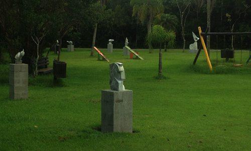 Esculturas do Parque Ecológico ameaçadas