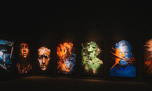 As séries de Gabriel Wickbold em exposição na FAAP